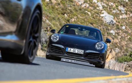 Første billeder af faceliftet Porsche 911