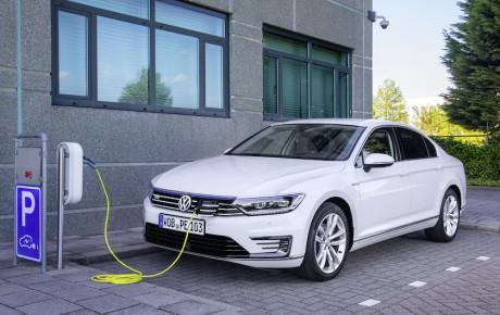 Sæt stikket i din nye firmabil - plugin-hybriderne er her