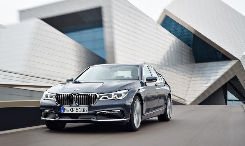BMW 750d med fire turboer ankommer i 2016