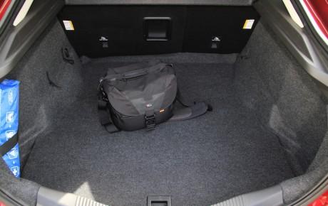 Ford Mondeo med tre cylindre - stor bil, for lille motor