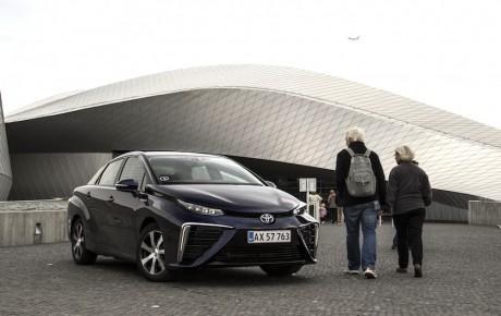 Fremtidens bil – på gaden i begrænset oplag