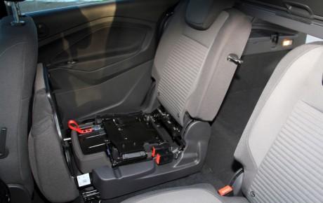 Fængende Ford, fornuftig Volkswagen