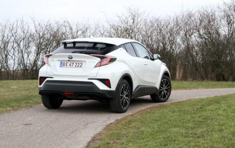 Toyota C-HR - en fed egoist-hybrid