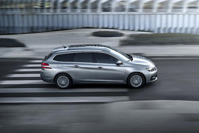 Så er der nye bilafgifter - Peugeot 308 falder 33.000 kr., Passat næsten 60.000 kr. - Blog Om Biler