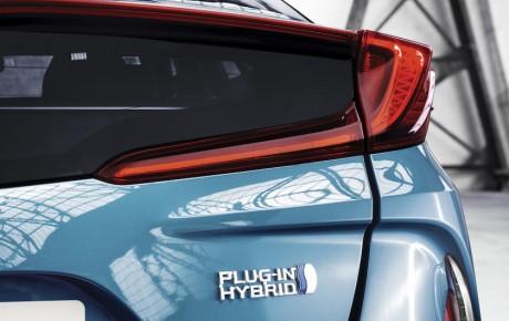 Toyota Prius Plug-in kommer nu til Danmark