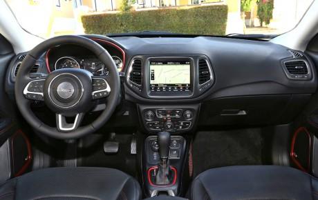 Ny Jeep Compass fra 358.980 kr. - fuldt udstyret, benzin og diesel til samme pris