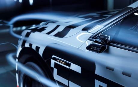 Tilbage til fremtiden - Audi E-tron første bil med kamerabaserede sidespejle