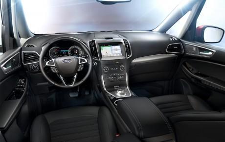 Flere muskler og flere trin i Ford S-Max og Galaxy - priser fra 341.475 kr.