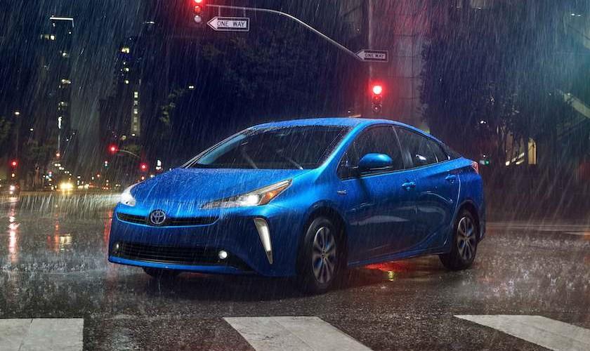 Prius med firehjulstræk (er ingen aprilsnar)