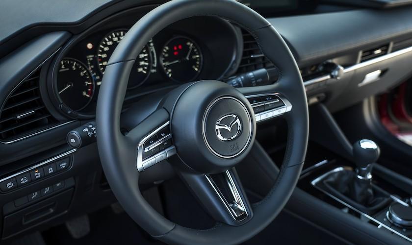 Ny Mazda 3 starter ved 250.000 kr.