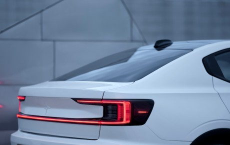Polestar går direkte efter Tesla 3