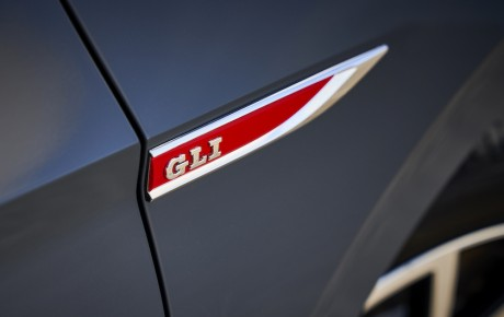 Jetta GLI er Golf GTI med amerikansk accent