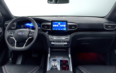 Yep, Ford Explorer indtager Danmark (som plugin med 450 hk)