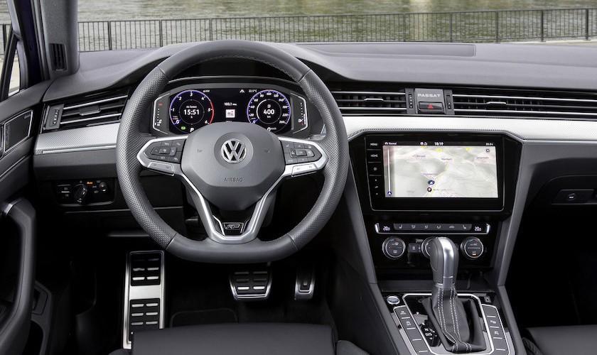 Ny firmabil? Faceliftet VW Passat fra 327.995 kr.