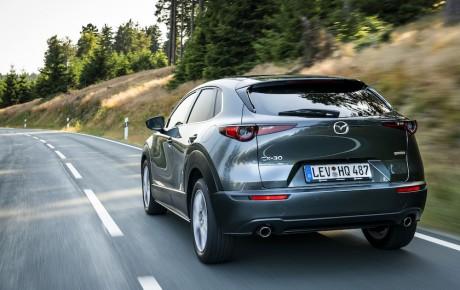 Mazda sætter pris på den nye crossover CX-30