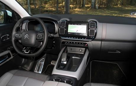 Tilbagelænet diesel-SUV