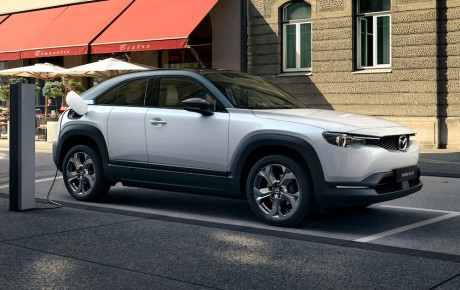 Mazda går el-vejen med MX-30