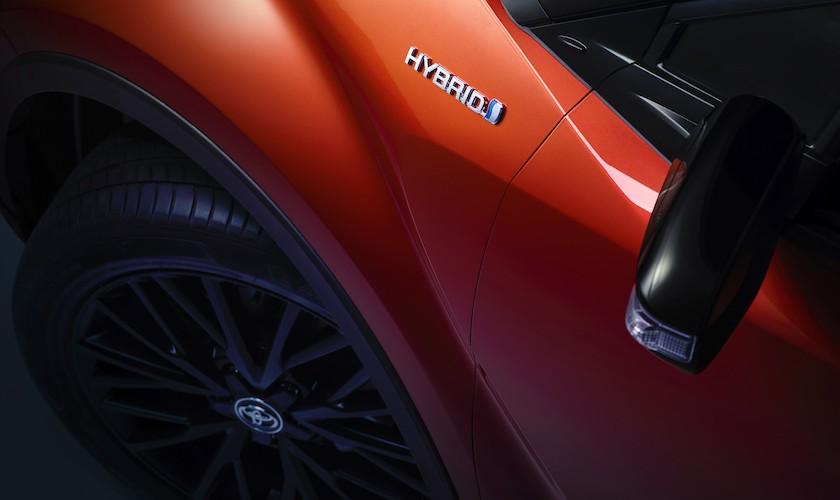 Et kraftigt nøk opad: C-HR Hybrid med 184 hk
